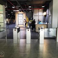 Gate-GS e Twix-M, involucro di vetro, fitness club Gymnation, Dubai, Emirati Arabi Uniti